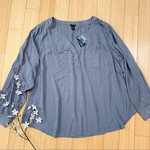 NWT!  TORRID chalice gray blouse, 3 3X.